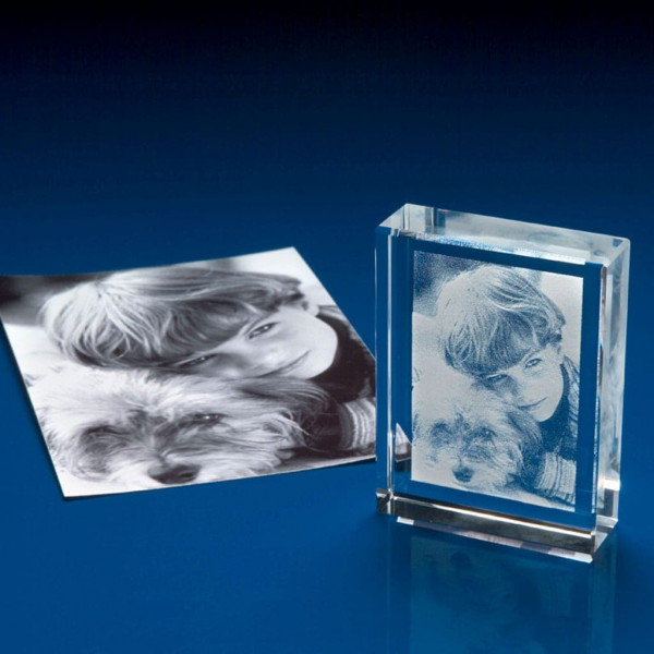 Wide Range Of 3D Crystal Paperweights & Engraved Gifts