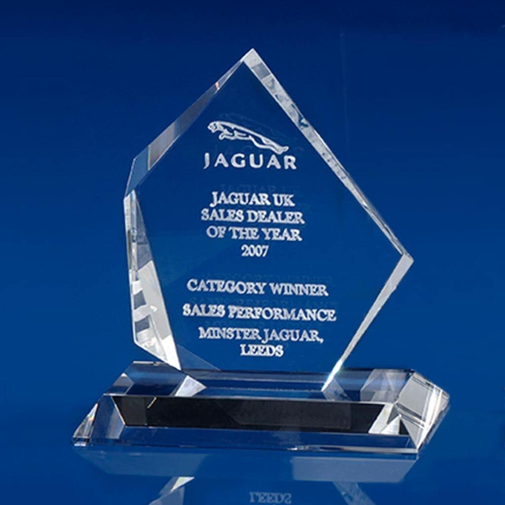 Arctic Clear Award, Employee Rewards, Employee awards, Staff awards, office awards, long service awards, glass awards, glass trophies, crystal awards, corporate awards, corporate trophies, engraved awards, achievement awards, recognition awards