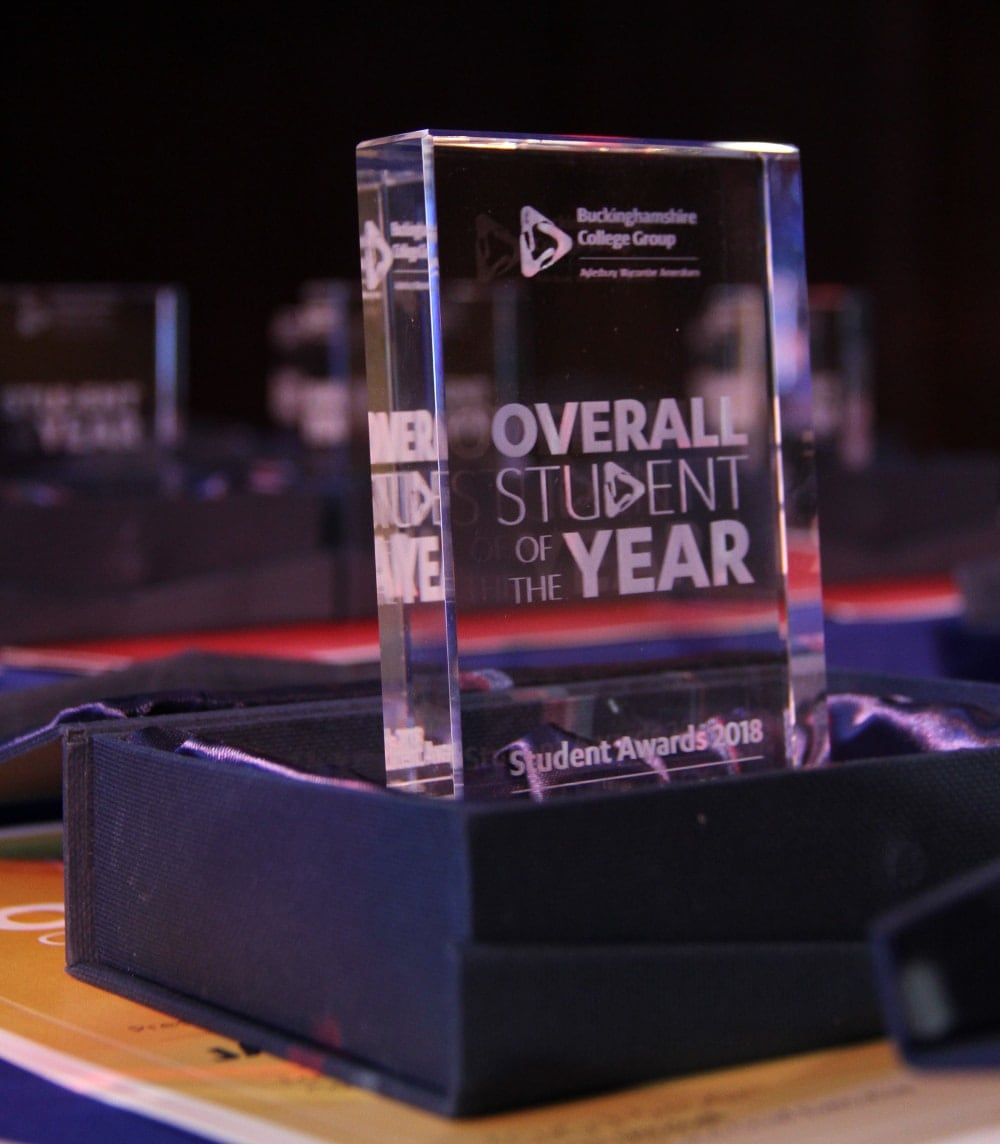 Student Awards: Reward Academic Achievements