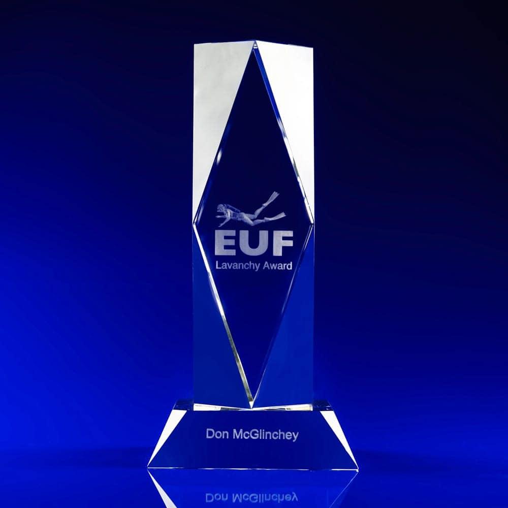 president, corporate awards, crystal awards, engraved awards, swimming awards, glass awards, glass trophies, crystal awards, corporate awards, engraved crystal, 3D engraved crystal, corporate trophies